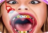 لعبة هانا مونتانا فى عيادة الاسنان