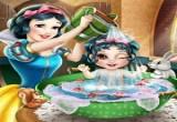 لعبة استحمام طفل ياسمين